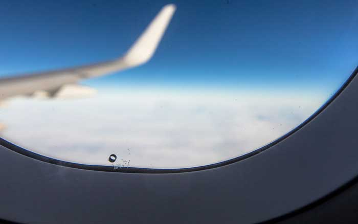 airplane-window-hole-PLANESCRTS1005