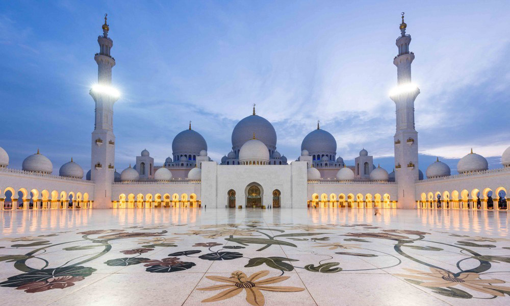 shutterstock-Grand-Mosque-supersize-webbb6
