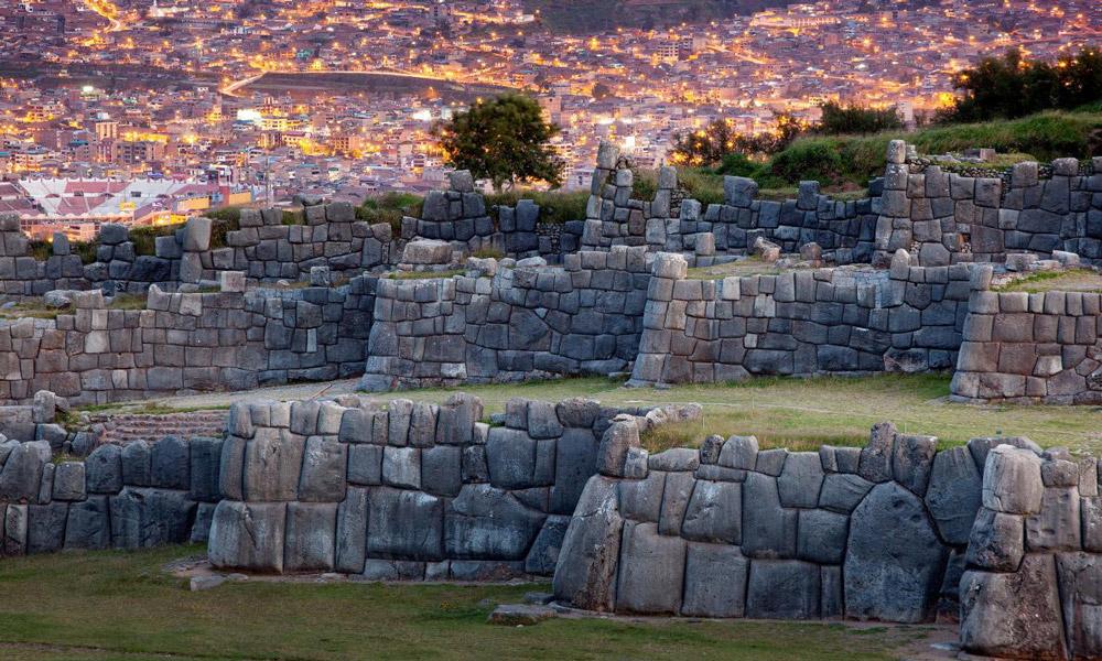 sacsayhuaman-walls-