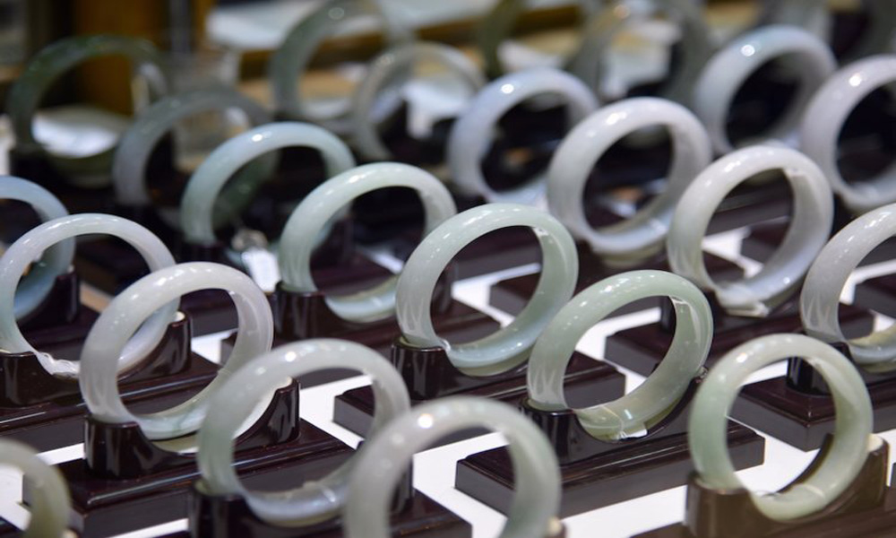 breaking-bracelet