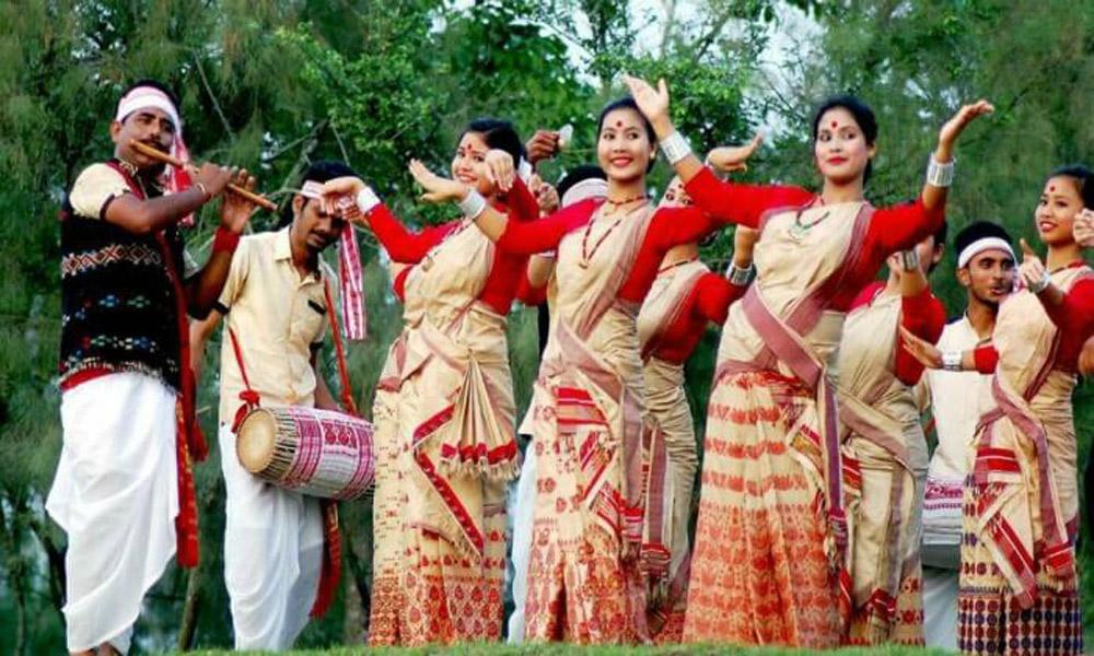 dancing-in-india