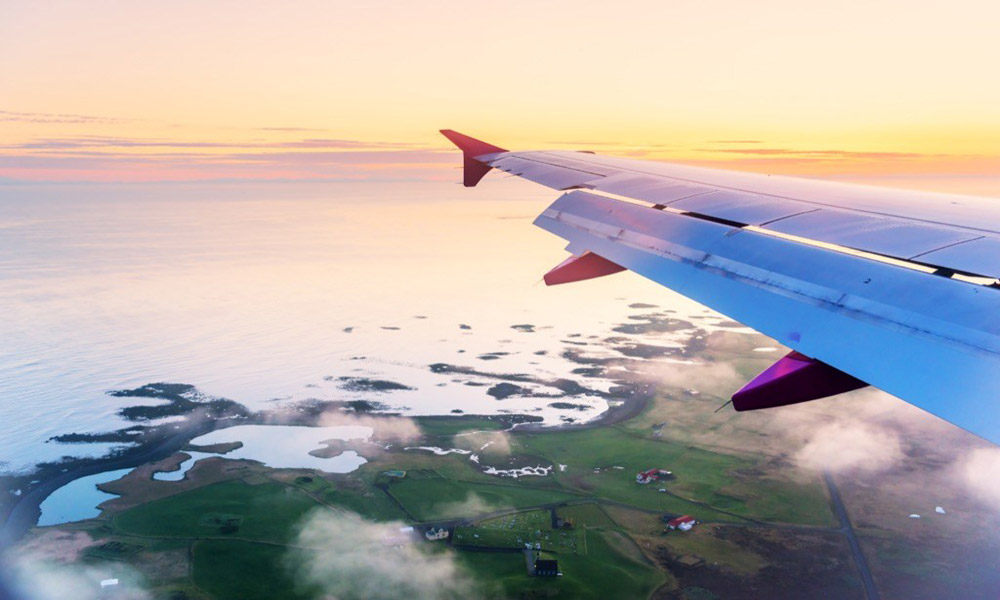 airplane-over-iceland
