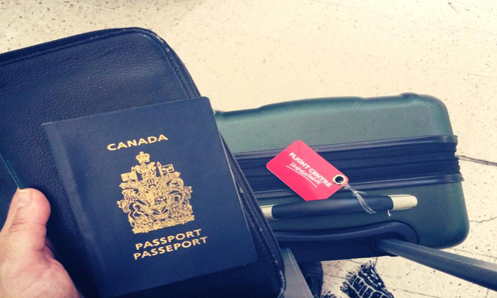 luggage-and-passport