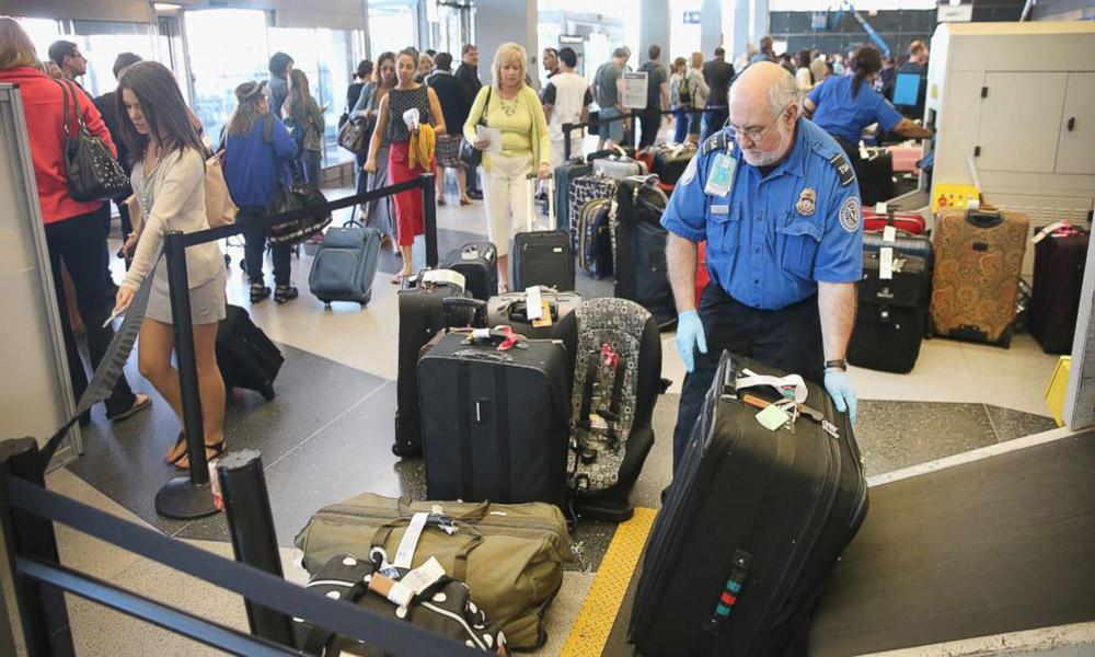 luggage-scanning