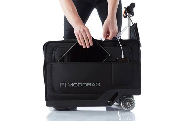 شارژ تبلت با چمدان