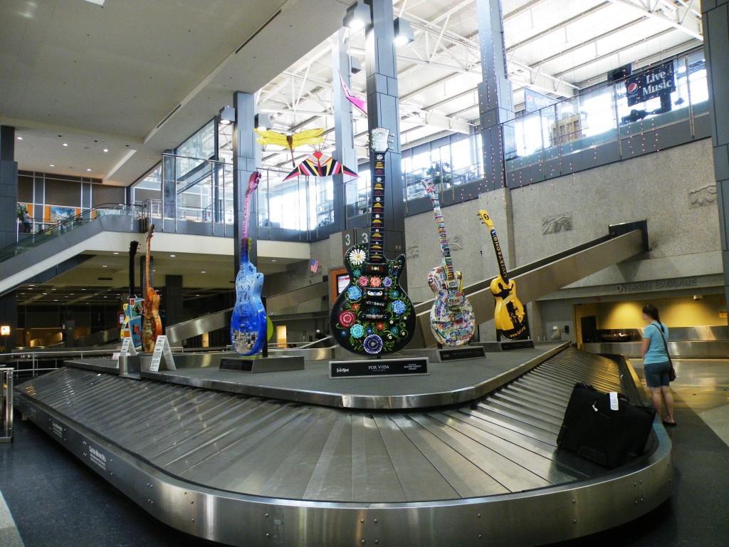 فرودگاه بین المللی آستین- برگستروم