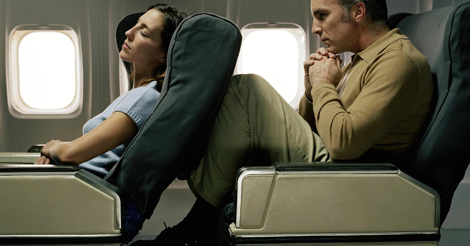 خواباندن صندلی پرواز