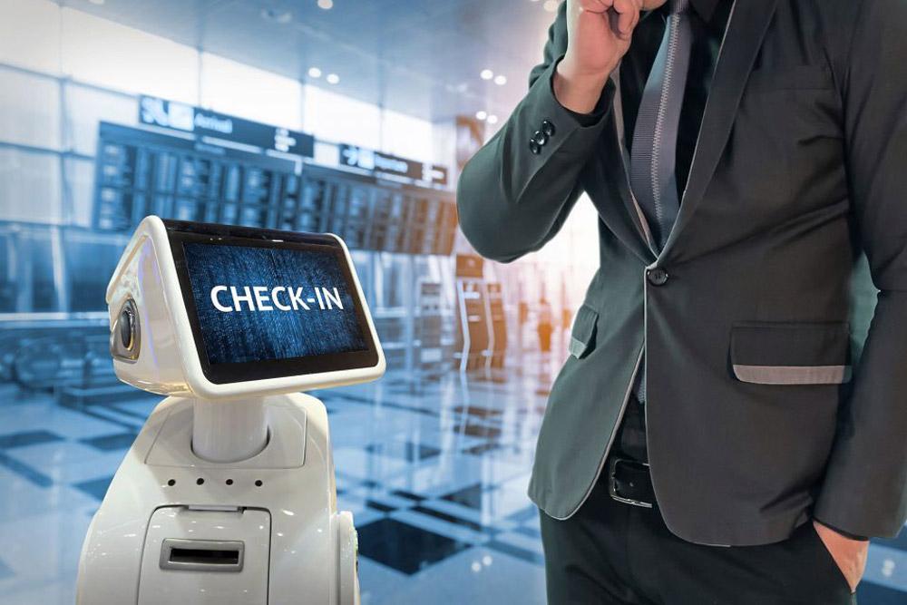 چک این در فرودگاه با ربات ها