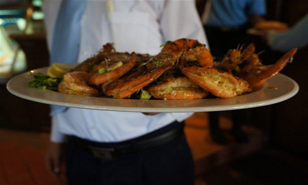طعم غذاهای دریایی در Gandofli