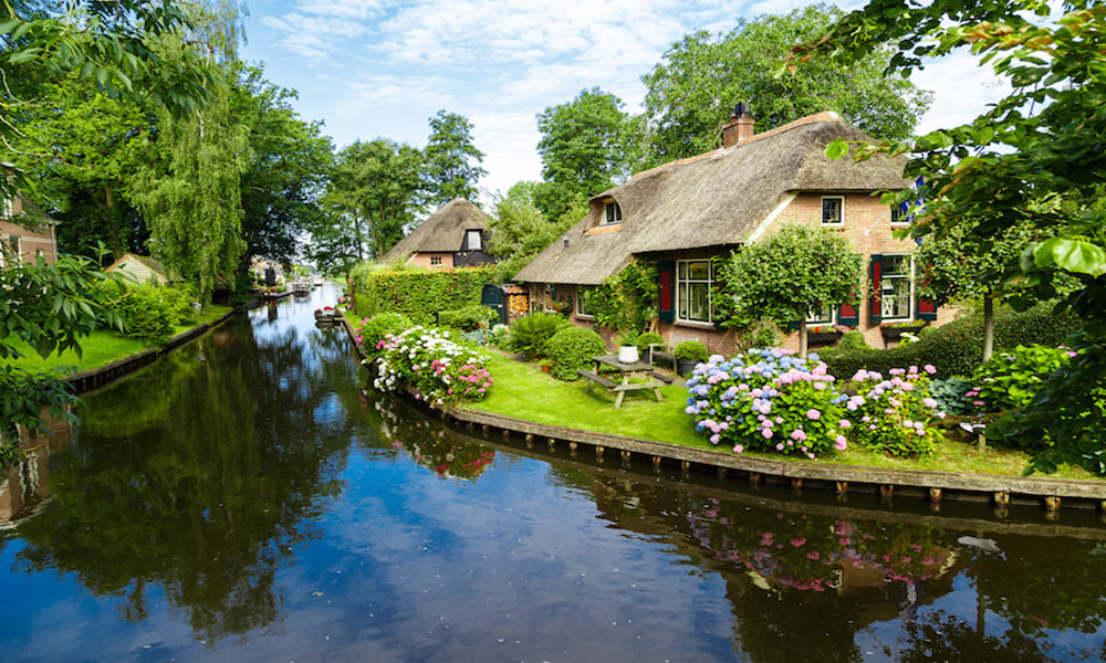 چشم اندازی از هلند