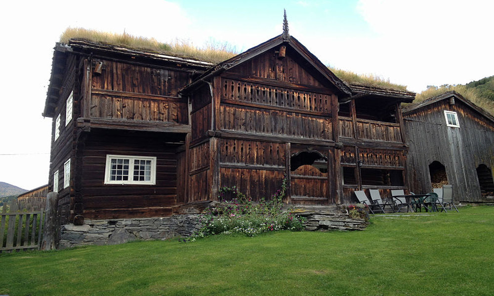 finland-wooden-house