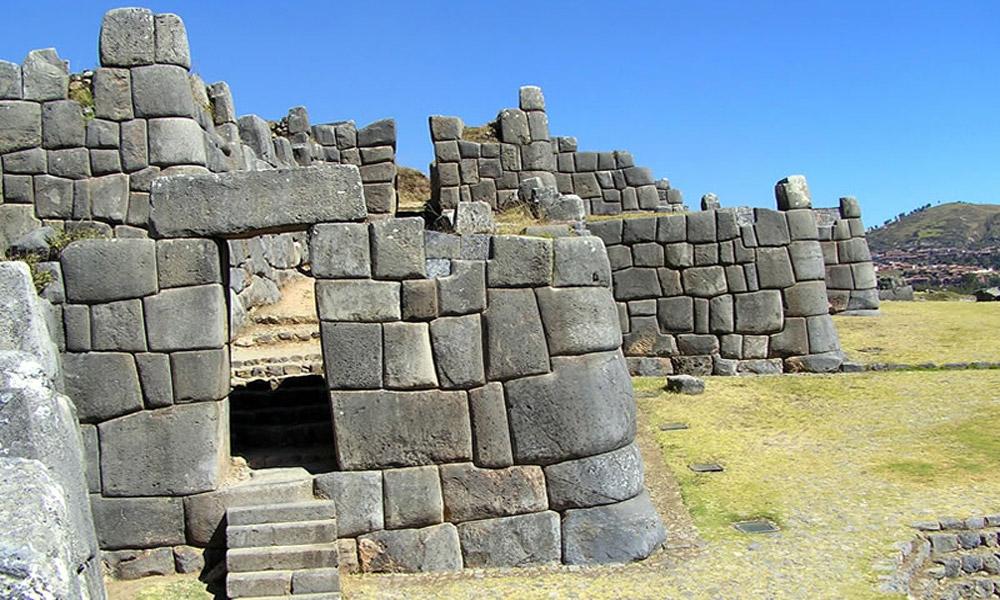 دیوارSacsayhuaman