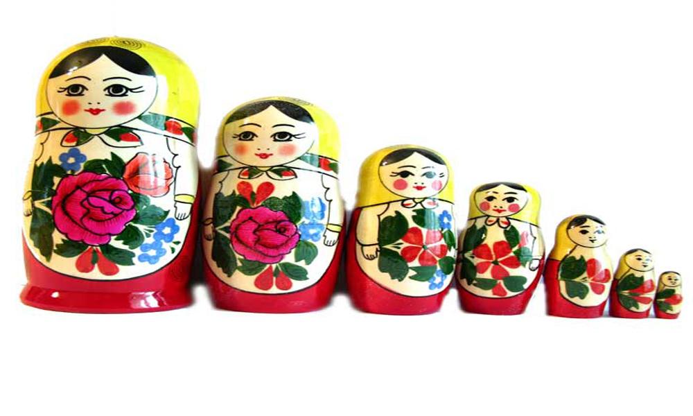 عروسک مشهور ماتریوشکا