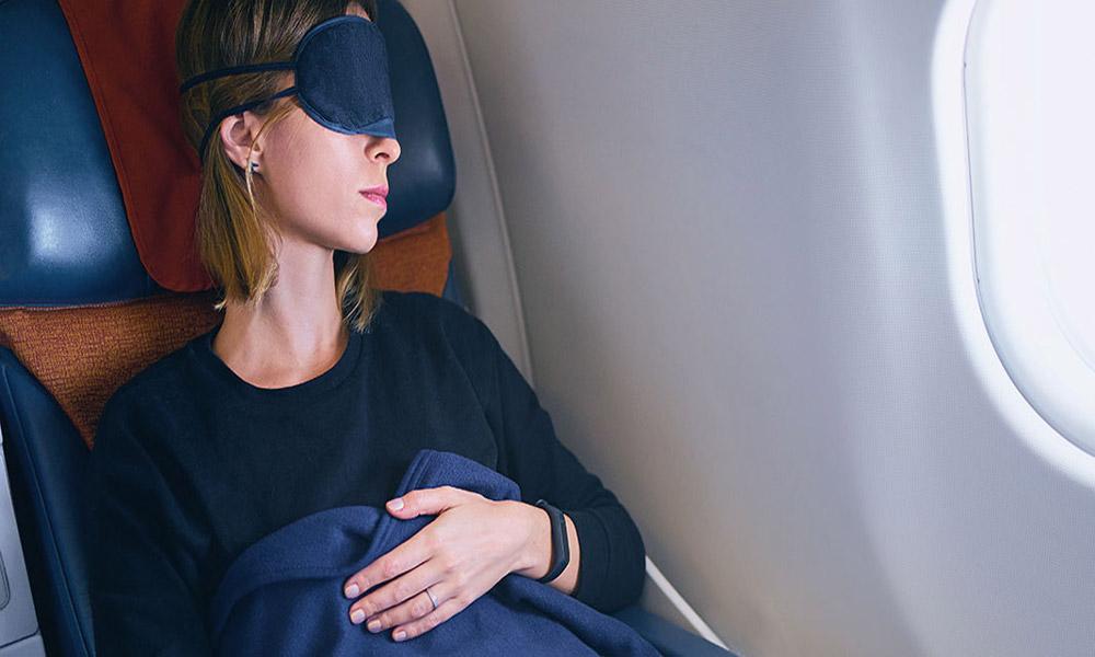 خوابیدن در هواپیما