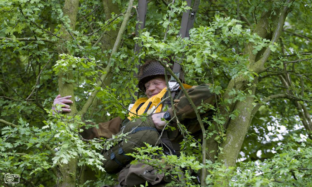 فرود در مناطق جنگلی