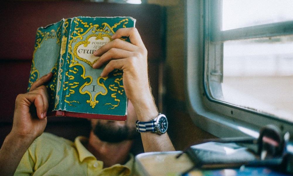 پر کردن اوقات فراغت در قطار