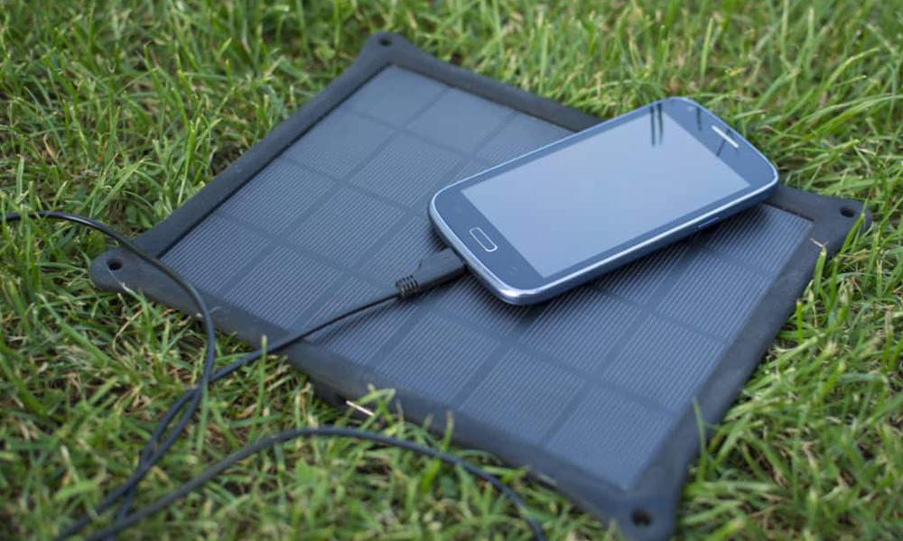 شارژر خورشیدی مسافرتی