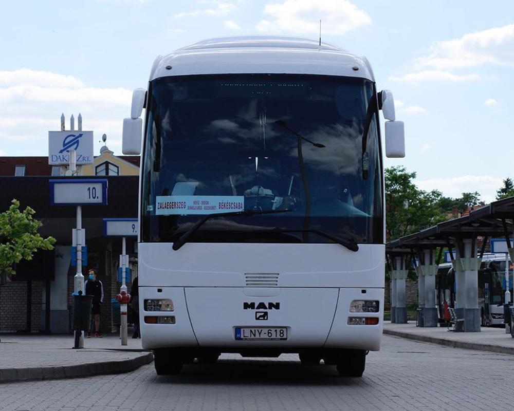 اتوبوس های مسافربری مان